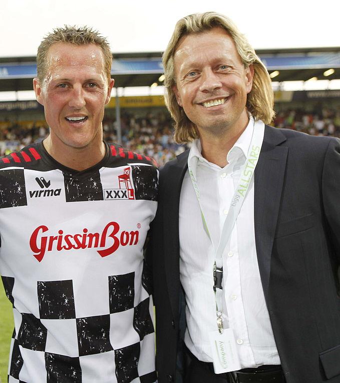 Lutz Gruppe Kickt Mit Michael Schumacher Für Kinderhilfsprojekte