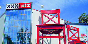 xxxlutz neue m max filiale in mannheimer city. Black Bedroom Furniture Sets. Home Design Ideas