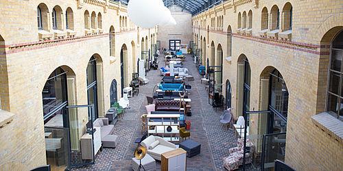 home24 outlet store in berlin er ffnet am samstag. Black Bedroom Furniture Sets. Home Design Ideas