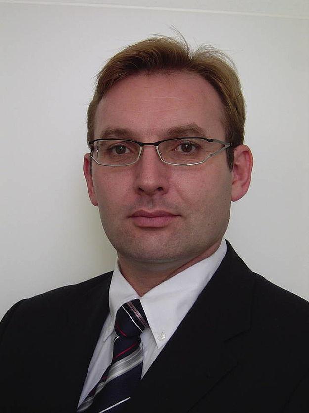 Ronald schmitt neuer gesamtvertriebsleiter for Ronald schmitt