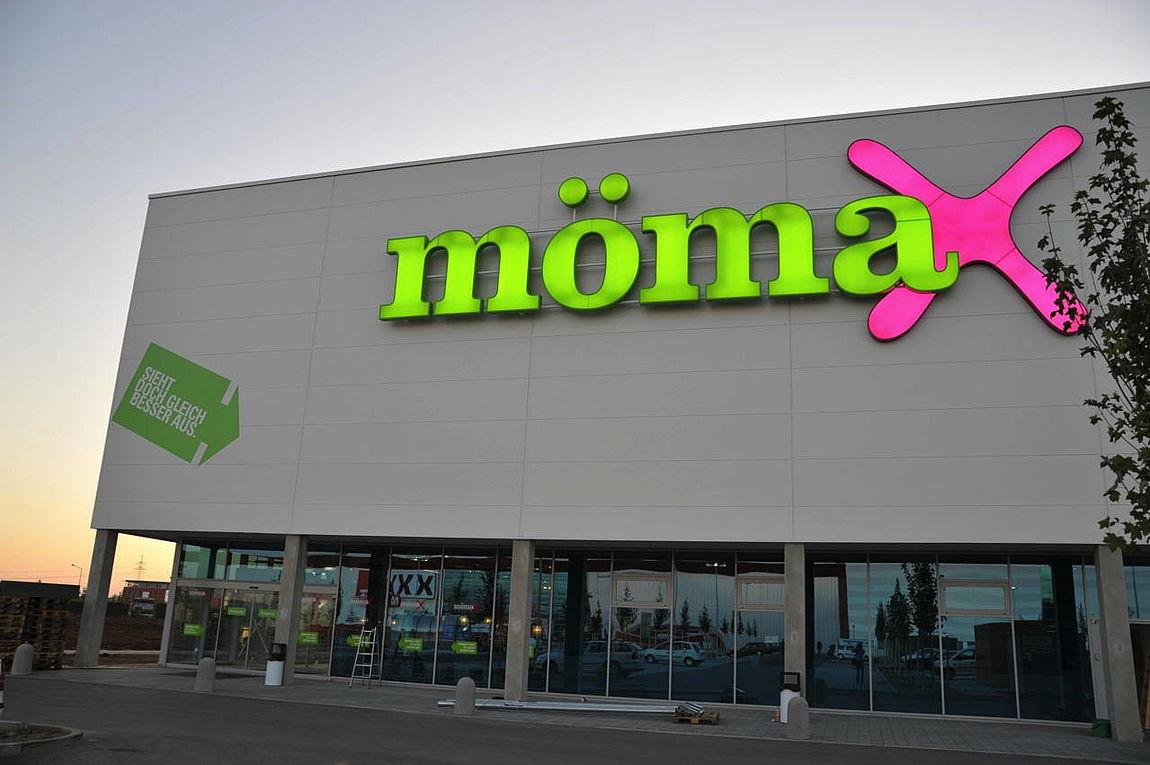 Xxxlutz Eröffnet In Deutschland 17 Mömax Filiale Moebelkulturde