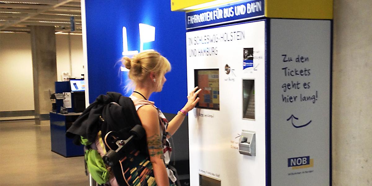 Ikea In Hamburg Altona Fahrkartenautomat Im Möbelhaus