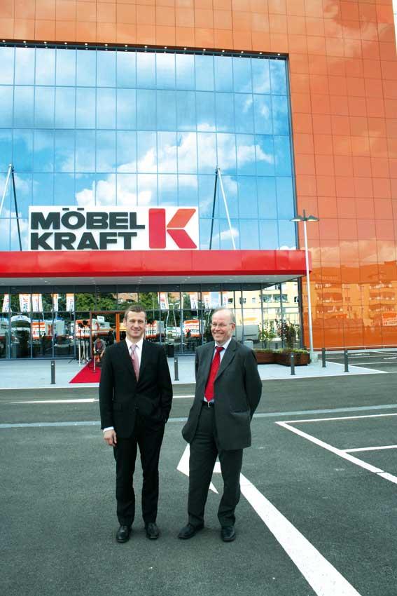 Möbel Kraft Heute Eröffnung In Berlin Schöneberg Noch Im Oktober
