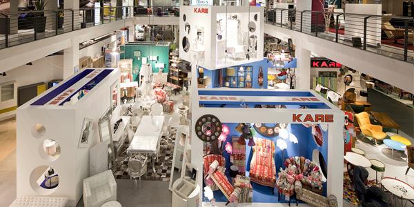 kare design neues shop in shop konzept bei segm ller. Black Bedroom Furniture Sets. Home Design Ideas