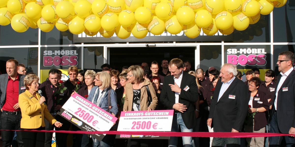 Möbel Boss 93 Filiale Geht In Brandenburg Ans Netz Moebelkulturde