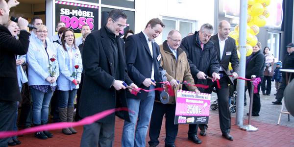 Möbel Boss Eröffnet In Lübbecke Mit Preisknüllern Moebelkulturde