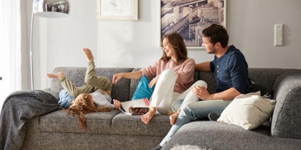 Home24 Tv Spot Wirbt Ab Morgen Mit Happy Homes Moebelkulturde