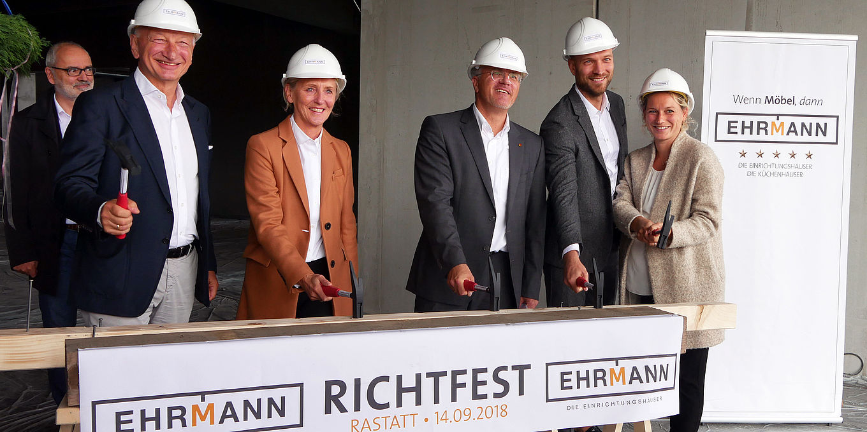 Mobel Ehrmann Richtfest In Rastatt Moebelkultur De