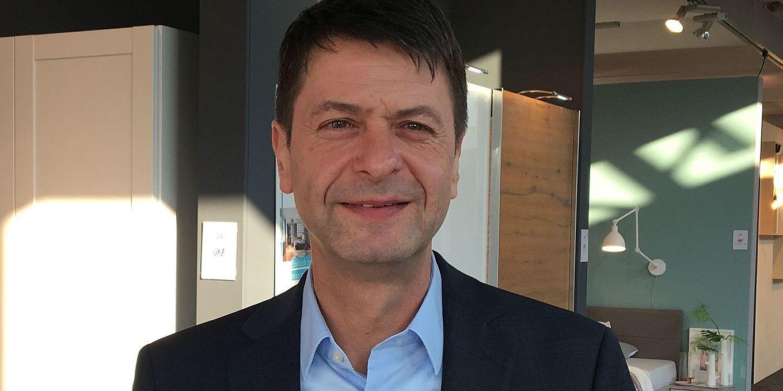 Nolte Möbel - Stefan Uhl steigt auf - moebelkultur.de