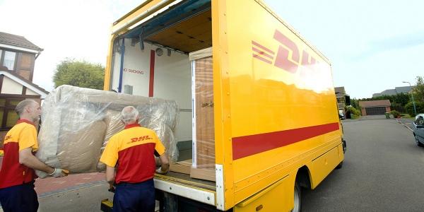 Dhl Paket Verdoppelt Lagerkapazitäten Moebelkulturde
